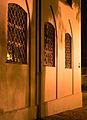 D-7-000-238 Augsburg-Dom Sakristei Fensterdetail bei-Nacht 001.jpg