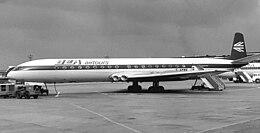 DH106 Comet 4B BEA Airtours RWY 1970.jpg
