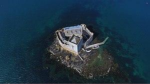 Kisimul Castle - Image: DJI 0077 (34114743672)