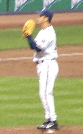 Ohka pitching for the Milwaukee Brewers in 2006 DSCF2885 Tomo Ohka.jpg
