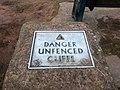 Danger Cliffs - panoramio.jpg