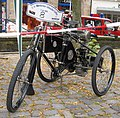 De Dion-Bouton Tricycle in Ibbenbüren.JPG