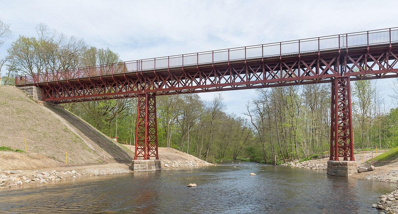 Den genfundne Bro i maj 2015 på Bryrupbanestien