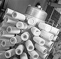 Detailopname van een machine met de bijnaam stekelvarken om bevroren moedermelk , Bestanddeelnr 254-2521.jpg