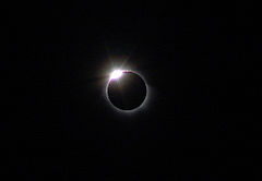 Diamondring-eclipse-March03-29-2006.jpg