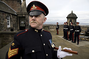 Non-commissioned officer - Sergeant, Royal Artillery, on the esplanade of Edinburgh Castle, firing the One o'Clock Gun