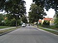 Djupdalsvägen 76, Olovslund, huset till vänster, 2018.jpg