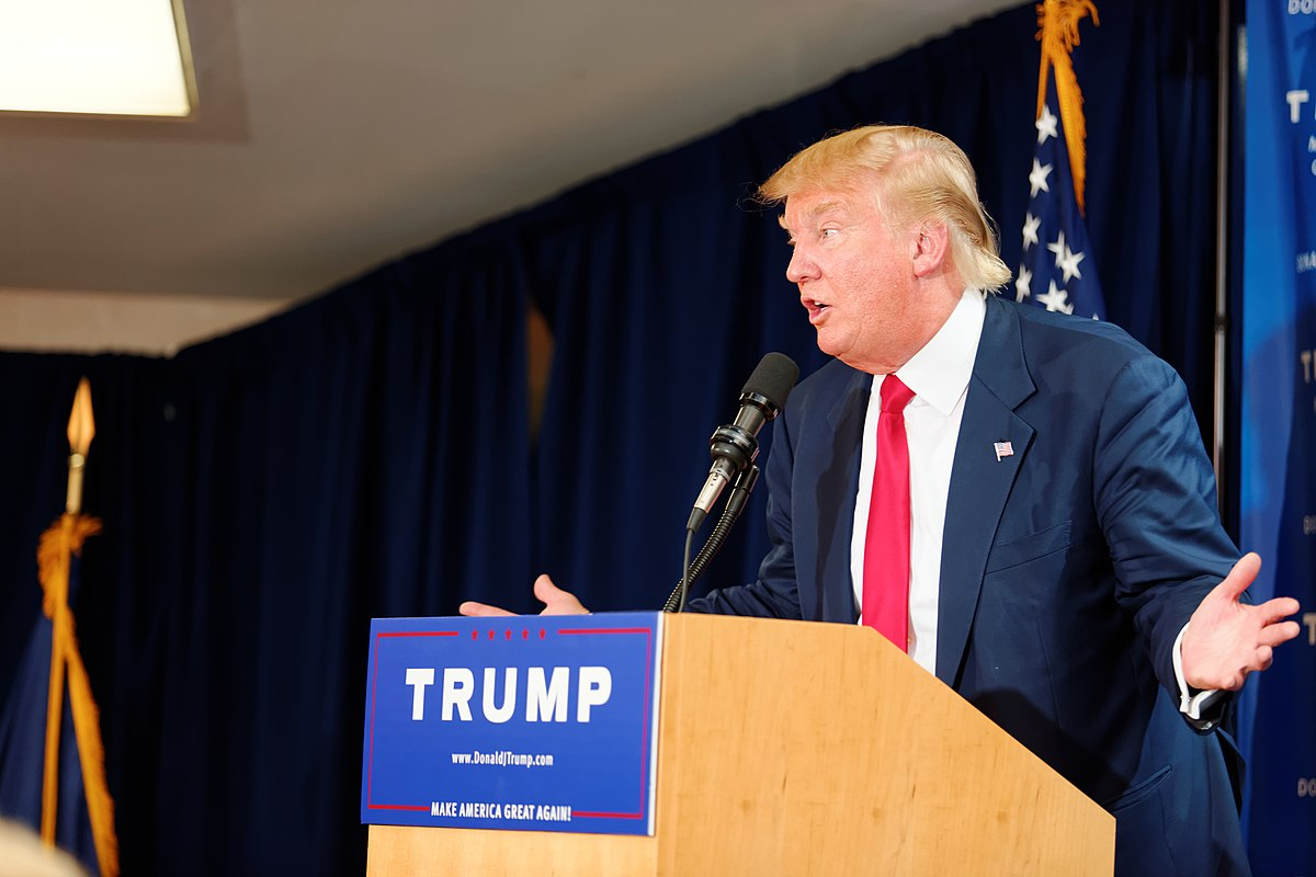 Donald Trump Laconia Rally, Laconia, NH 3 by Michael Vadon July 16 2015 02.jpg