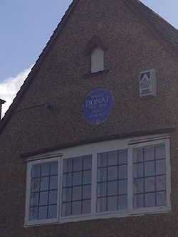 Photo of Robert Donat blue plaque