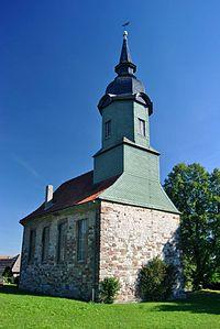 Dorfkirche in Mennewitz.jpg