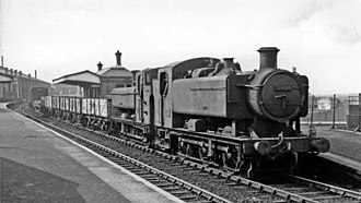 GWR 9400 Class - 8464 with a freight train