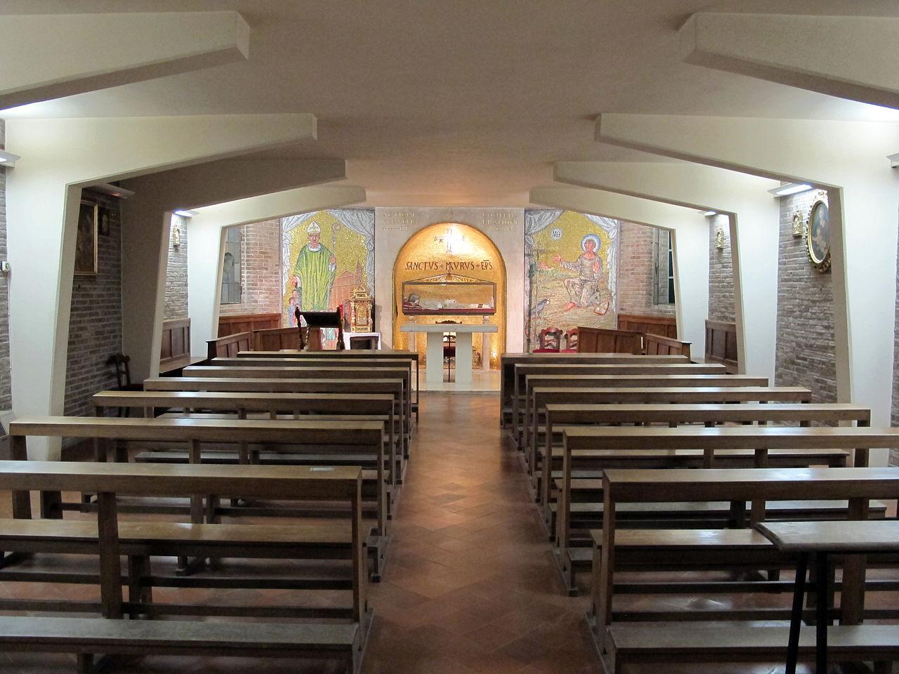 File Duomo Di Cesena Interno Cripta 01 Jpg Wikimedia