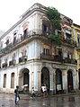 Edificio de La Habana Vieja - panoramio.jpg