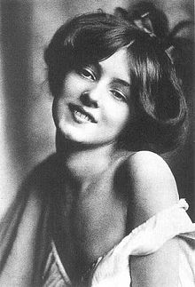 Image result for Gibson Girl Evelyn Nesbit