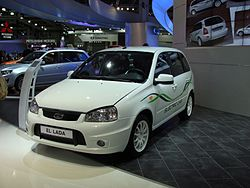 El Lada wagon on MIAS 2012.JPG