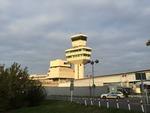 Elevated walkway from Terminal C of Berlin Tegel Airport.TIF