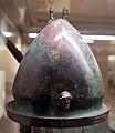 Elmo a calotta di tipo negau, dalla tomba del guerriero nella necr. dell'osteria, 530-510 ac ca. 00.jpg