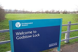 Environment Agency - The Environment Agency operates numerous locks, such as this one at Godstow, Oxfordshire