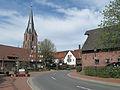 Erle, kerk in straatzicht foto2 2011-04-09 15.40.JPG