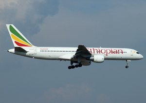 Ethiopian Airlines Boeing 757-200 ET-AKC FCO 2005-6-3.png