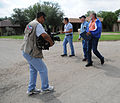 FEMA - 37605 - FEMA PDA team checks damage in TexasX.jpg