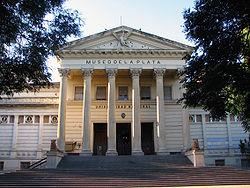 Fachada Museo de la Plata.JPG