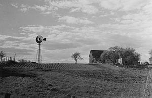 Laval, Quebec - Farm in Laval-des-Rapides in 1941
