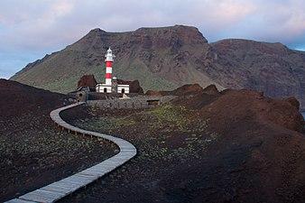 Faro de punta Teno.jpg