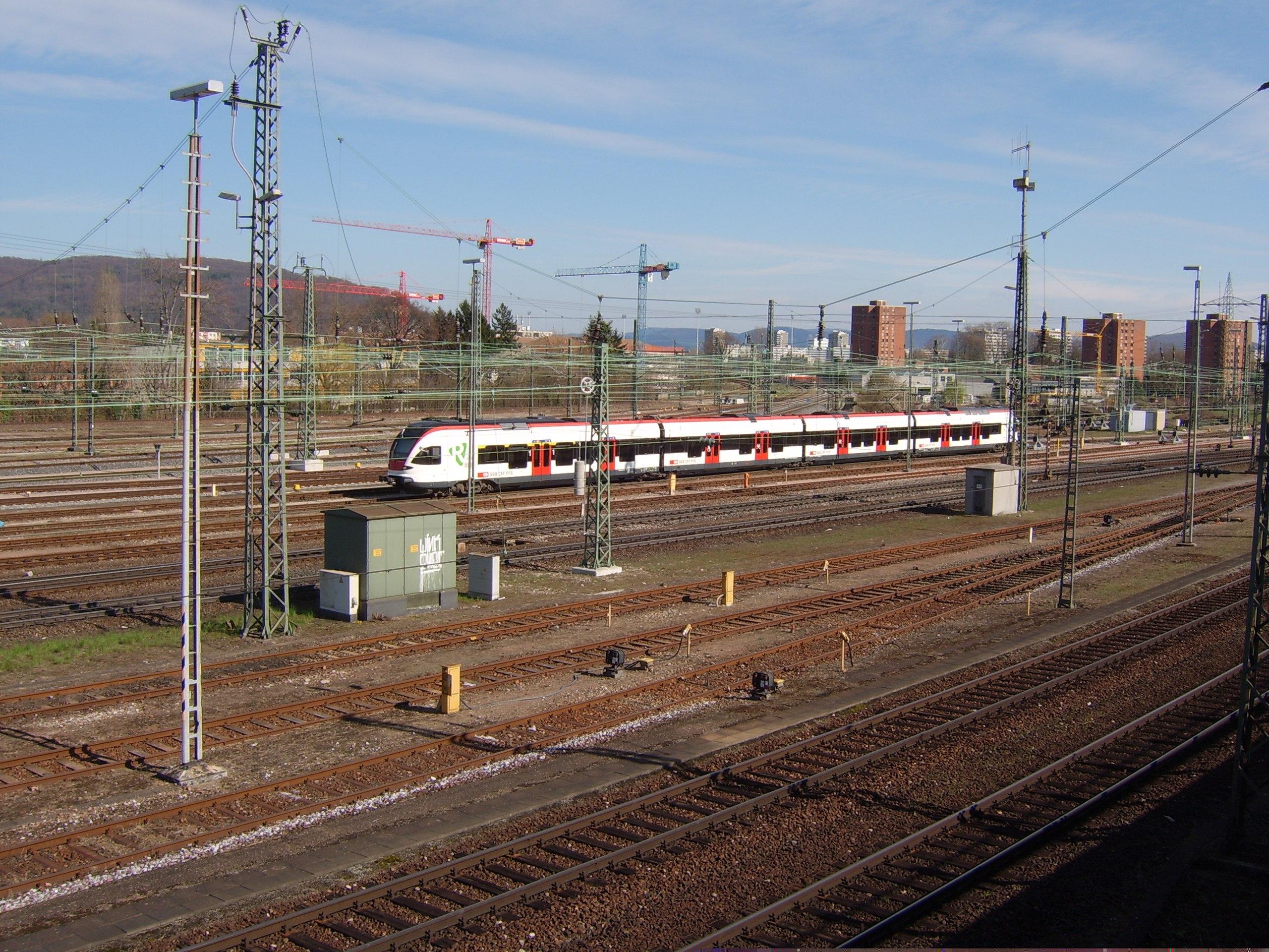 Fájl:Flirt Basel Badischer Bahnhof.jpg