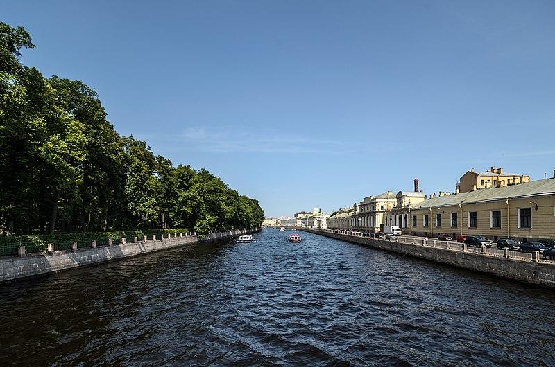 File:Fontanka River 7.jpg