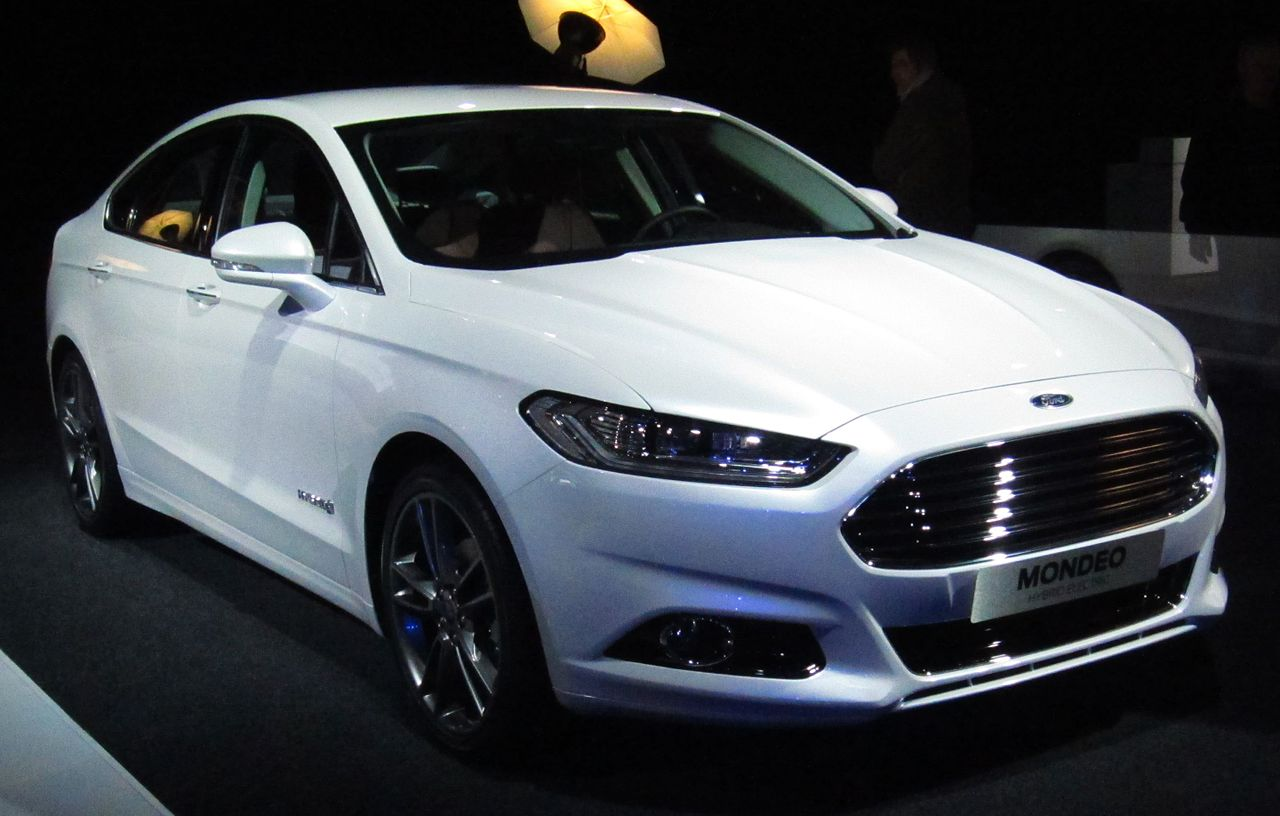 Ford Vignale Wiki >> File:Ford Mondeo sedan (front).JPG - Wikimedia Commons