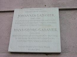 Targa commemorativa in onore di Gadamer a Breslavia