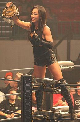 Gail Kim TNA Knockouts Champion-2.jpg