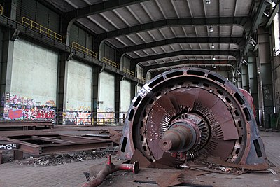Gas turbine hall Arbed Terres-Rouges interior 2012-12.JPG