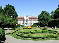 Gdańsk, Oddział Sztuki Nowoczesnej Muzeum Narodowego w Gdańsku - Pałac Opatów - fotopolska.eu (198851).jpg