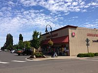 Gervais market and downtown gervais oregon.JPG