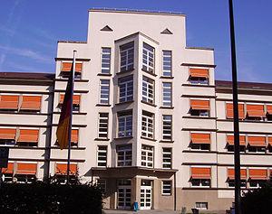 Geschwister-Scholl-Gymnasium Ludwigshafen - Image: Geschwister Scholl Schule in Ludwigshafen Sued