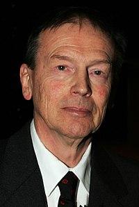 Goran Sonnevi, vinnare av Nordiska radets litteraturpris 2006 (cropped).jpg