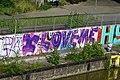 Grafitti am Neckarufer Bad-Cannstatt.jpg