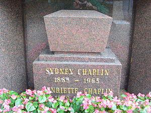 Sydney Chaplin - Gravestone of Sydney Chaplin