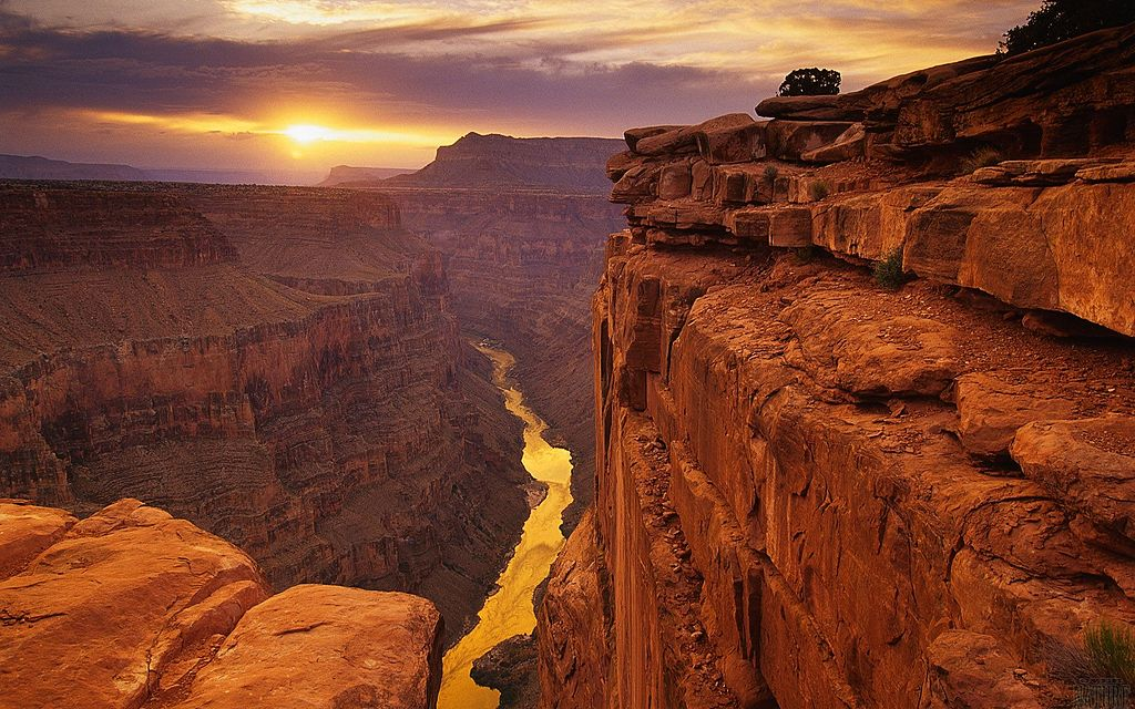 Great Grand Canyon in the fall