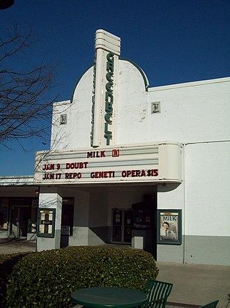 Greenbelt Historic District - Image: Greenbelt Theater Jan 09