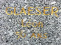 Gros plan de la stèle de Léo Glaeser.JPG