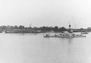HMS Bee at Hankou (China) in 1937