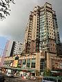 HK Bus 101 Tour view 馬頭圍道 209 Ma Tau Wai Road 海悅豪庭 Horae Place facade April 2013.JPG