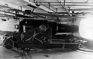 Audacious-class ironclad - Image: HMS Iron Duke (1870) 9 inch gun