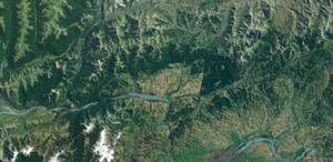 Hope Fault - Satellite photograph of the Hanmer Basin, the area of agricultural land in the centre of the picture
