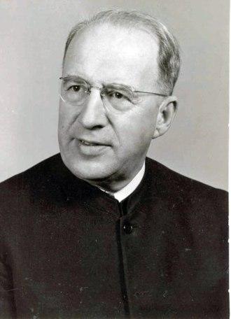 Harold S. Bender - Image: Harold S. Bender, circa 1960 (5367550986)
