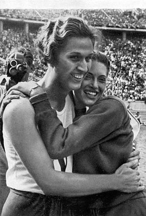 Alice Arden (athlete) - Helen Stephens and Alice Arden (right) at the 1936 Olympics