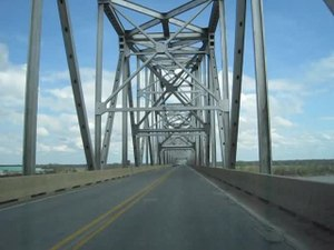 File:Helena Bridge 2012-03-18.ogv